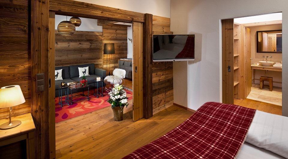Urlaub in tirol im 4 sterne hotel kitzhof in kitzb hel for Design alpenhotel